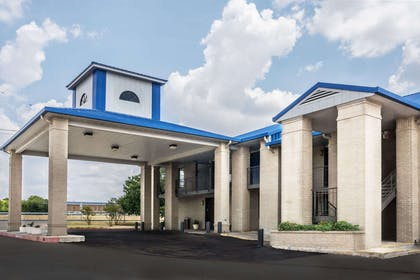 Welcome to the Days Inn Killeen Mall | Days Inn by Wyndham Killeen Fort Hood