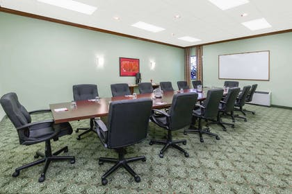 Meeting Room | Ramada Hotel & Conference Center by Wyndham Lansing