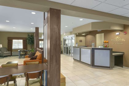 Lobby | Microtel Inn And Suites Minot