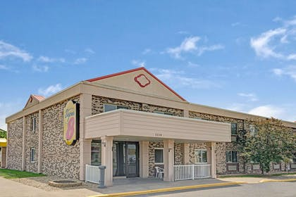 Welcome to the Super 8 Monticello | Super 8 by Wyndham Monticello