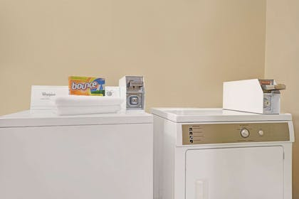 Guest Laundry | Super 8 by Wyndham Monticello
