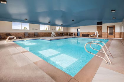 Pool | Baymont by Wyndham Tri-Cities/Kennewick WA