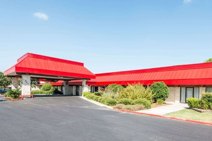 Welcome to the Ramada New Braunfels | Ramada by Wyndham New Braunfels