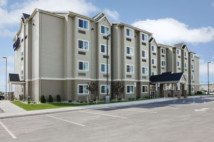 Welcome to the Microtel Williston | Microtel Inn & Suites by Wyndham Williston