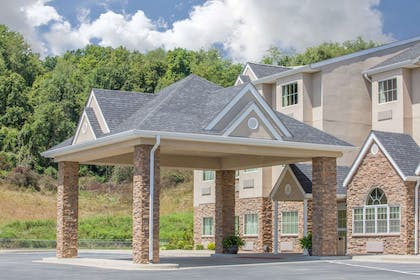 Exterior | Microtel Inn & Suites by Wyndham Buckhannon