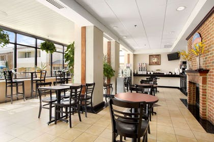 Breakfast Area | Baymont by Wyndham Prince George at Fort Lee