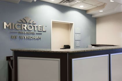 Front Desk | Microtel Inn & Suites by Wyndham Wilkes Barre