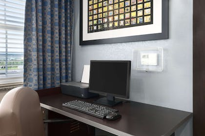 Business Center | Microtel Inn & Suites by Wyndham Wilkes Barre