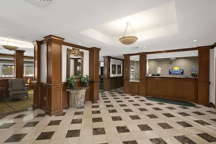 Lobby | Days Inn & Suites by Wyndham Omaha NE
