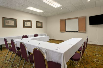 Meeting Room | Days Inn & Suites by Wyndham Omaha NE