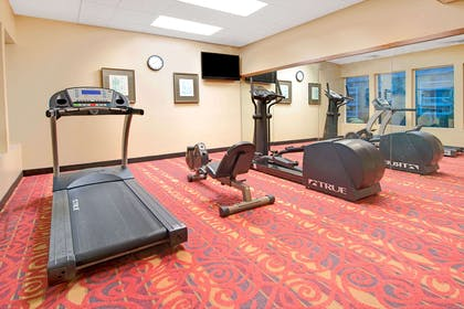 Fitness Center | Days Inn and Suites by Wyndham St. Louis/Westport Plaza