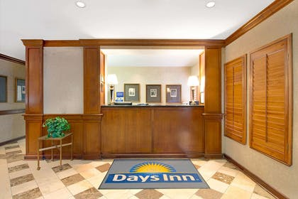 Front Desk | Days Inn and Suites by Wyndham St. Louis/Westport Plaza