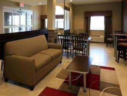 Lobby | Microtel Inn & Suites by Wyndham Wheeling at Highlands