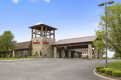 Welcome to Ramada Geensburg Conf Center | Ramada Hotel & Conference Center by Wyndham Greensburg