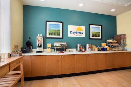 Restaurant | Days Inn & Suites by Wyndham Caldwell