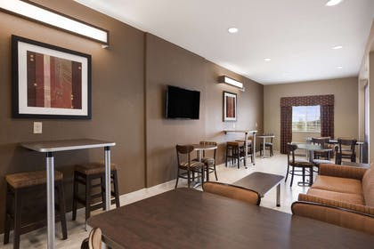 Lobby | Microtel Inn & Suites by Wyndham Cotulla