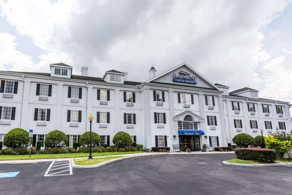Welcome to the Baymont Inn and Suites Lakeland | Baymont by Wyndham Lakeland