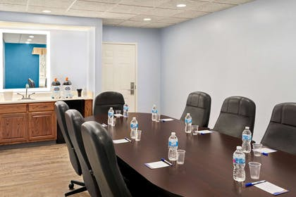 Meeting Room | Baymont by Wyndham Henderson Oxford