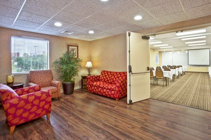 Meeting Room Reception Area | Baymont by Wyndham Knoxville/Cedar Bluff
