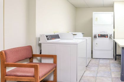 Guest Laundry | Super 8 by Wyndham Sault Ste. Marie