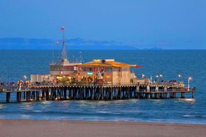 Local attraction | Wyndham Santa Monica At The Pier