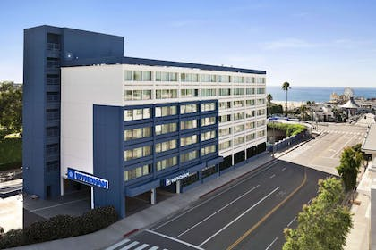 Welcome to the Wyndham Santa Monica At The Pier | Wyndham Santa Monica At The Pier