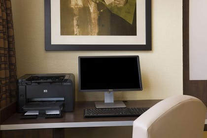Business Center   Microtel Inn & Suites by Wyndham Kenedy