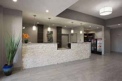 Front Desk | Hawthorn Suites By Wyndham San Angelo