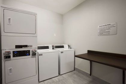 Guest Laundry | Hawthorn Suites By Wyndham San Angelo