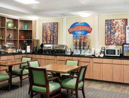 Breakfast Area | Baymont by Wyndham Odessa
