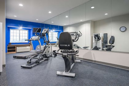 Fitness Center | Microtel Inn & Suites By Wyndham Moorhead Fargo Area