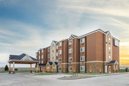 Exterior | Microtel Inn & Suites By Wyndham Moorhead Fargo Area