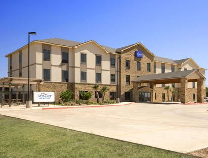 Welcome to the Baymont Inn And Suites Cotulla | Baymont by Wyndham Cotulla