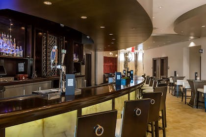 Bar | Wyndham Grand Orlando Resort Bonnet Creek