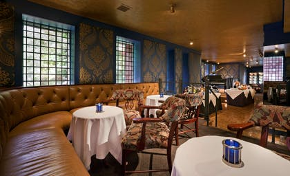 Blue Bar Lounge | The Henley Park Hotel