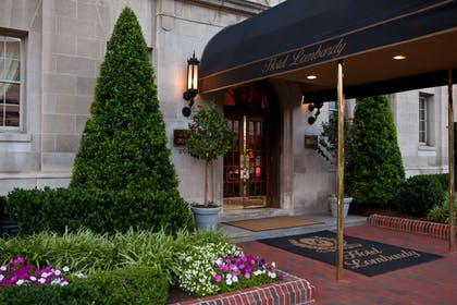 Exterior Hotel | Hotel Lombardy
