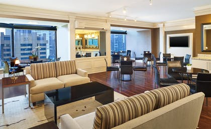 Executive Club Lounge | The Westin Chicago River North
