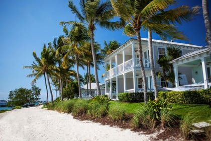Side Beach | Sunset Key Cottages