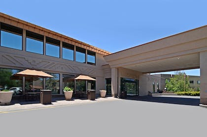 Exterior | Best Western Premier Grand Canyon Squire Inn