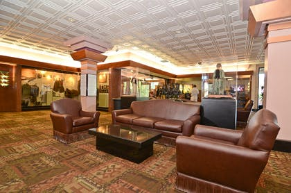 Lobby | Best Western Premier Grand Canyon Squire Inn