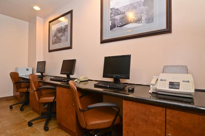 Business Center | Best Western Premier Grand Canyon Squire Inn