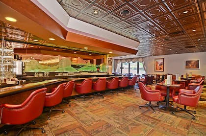 Fireside Lounge | Best Western Premier Grand Canyon Squire Inn