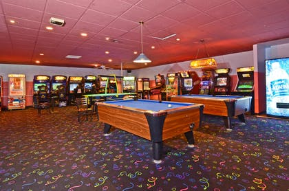 Game Room | Best Western Premier Grand Canyon Squire Inn
