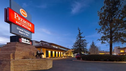 Hotel Exterior   Best Western Premier Grand Canyon Squire Inn
