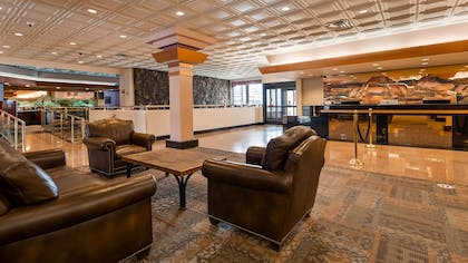 Lobby Area   Best Western Premier Grand Canyon Squire Inn