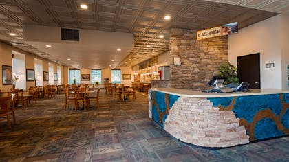 Canyon Room Restaurant   Best Western Premier Grand Canyon Squire Inn
