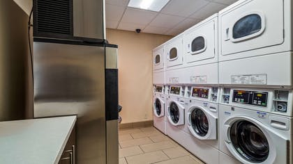 Guest Coin-op Laundry | Best Western Plus At Lake Powell