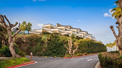 Hotel Exterior | Best Western Encinitas Inn & Suites at Moonlight Beach