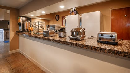 Breakfast Area | Best Western Executive Inn & Suites