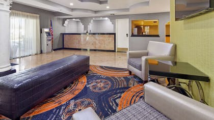Front Lobby Seating | Best Western Southside Hotel & Suites